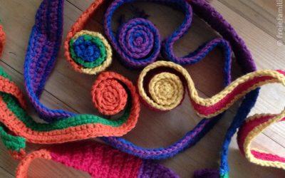 Unser Sonntags-Tipp: DiY gehäkelte Schneckenbänder