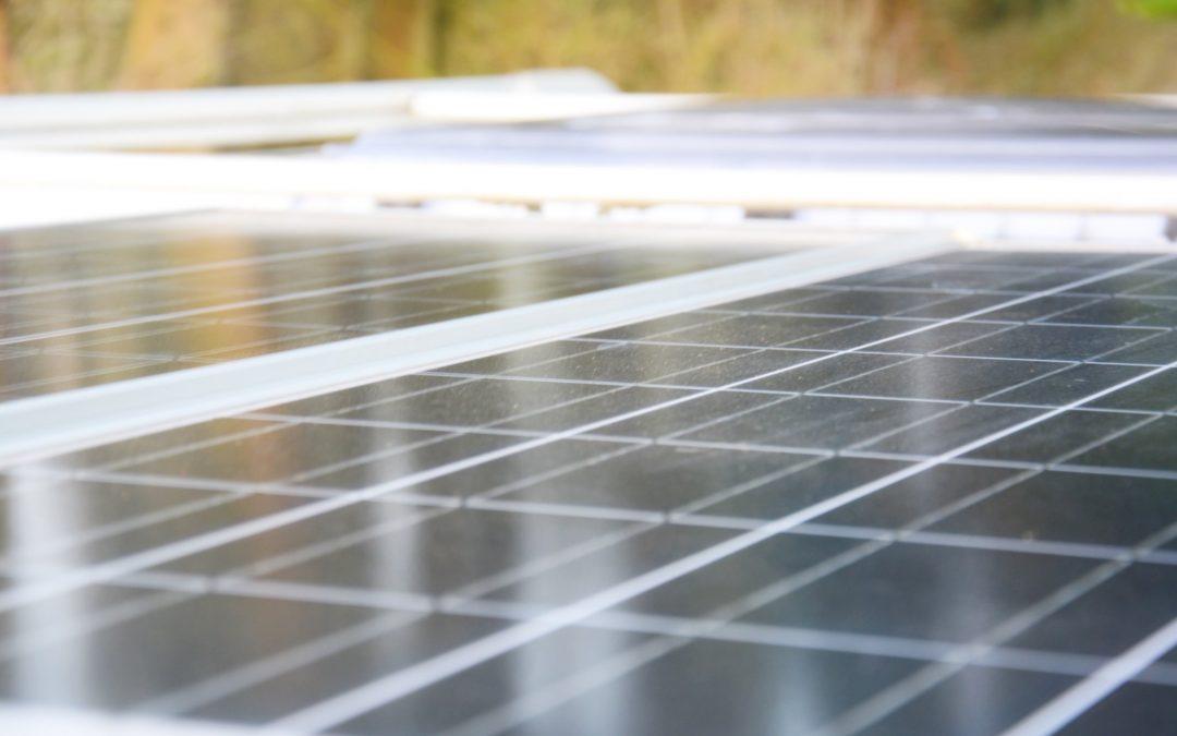 Solar-Rechner: Ermittle deinen Energiebedarf und dimensioniere die benötigten Solarkomponenten!